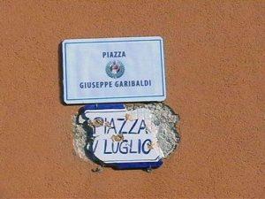 Piazza Garibaldi a Capo d'Orlando dopo la sentenza del TAR di Catania
